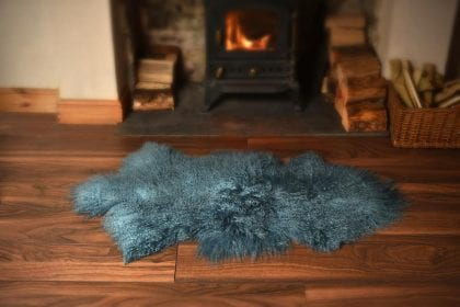 High Quality Tibetan - Mongolian Lamb Skin in Turquoise - Close