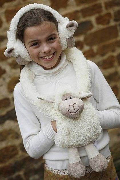 Jomanda Soft Sheep Hand Muff - Lifestyle